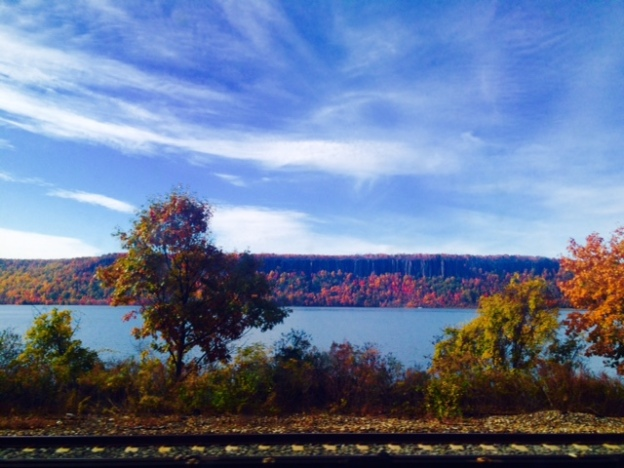 metro-north-hudson-river-valley